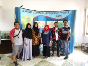 Gambar 1. Mahasiswa Jurusan Pendidikan Lingkungan Berkunjung ke IPAL Komunal, Denpasar